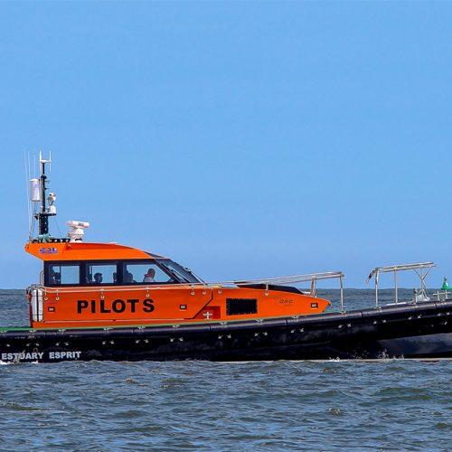 ORC 136 e 1360 m fast pilot craft